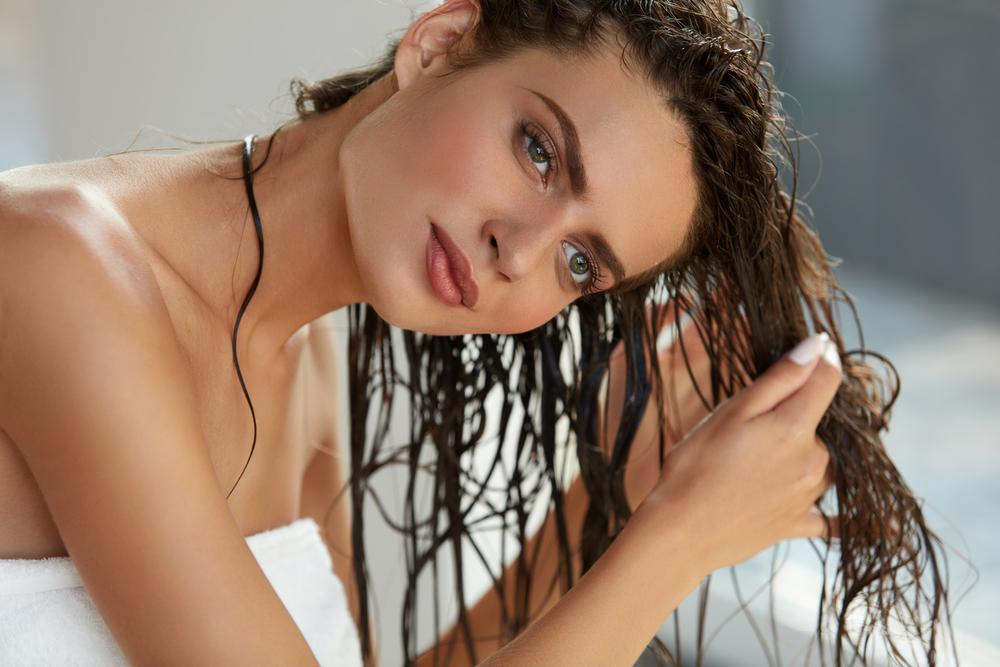 Geheimnisse des Ölens der Haare. Was für ein Öl sollten Sie wählen?