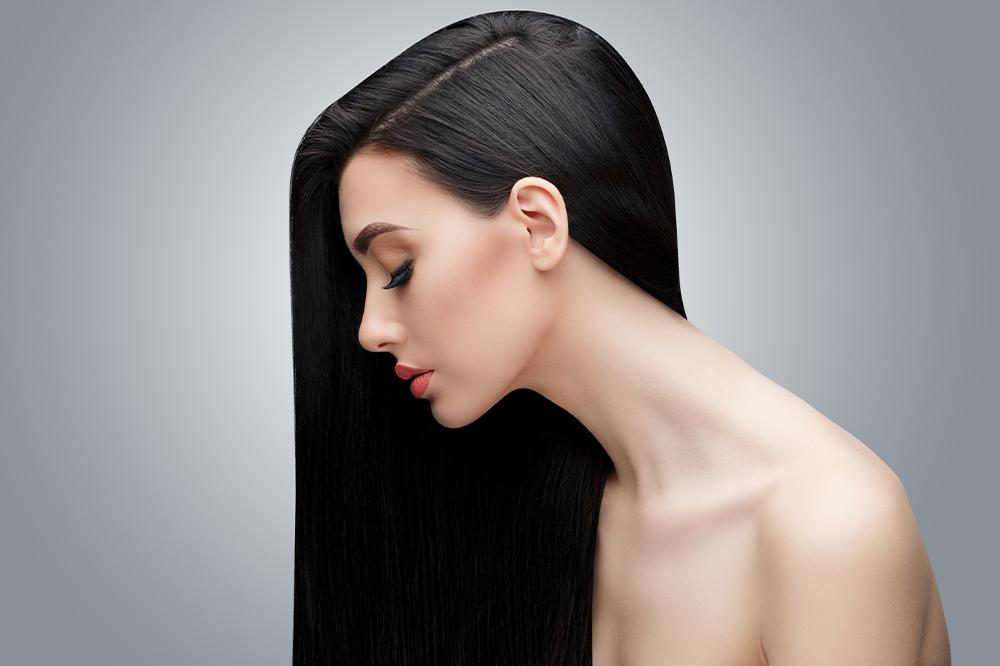 Haare mit geringer Porosität – alles, was Sie über die Pflege der gering porösen Haare wissen sollen