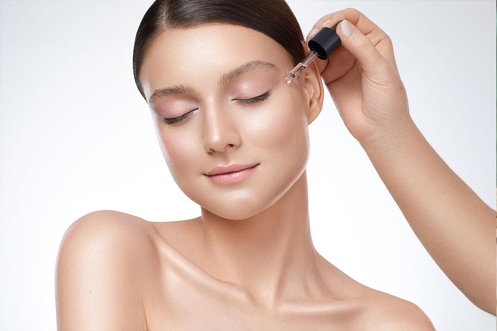 Welches Gesichtsserum ist wirklich wirksam? Öle, Hyaluronsäure und viele andere