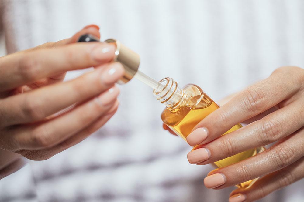 Gesichtsöle. Passen Sie das Öl an Ihre Haut an