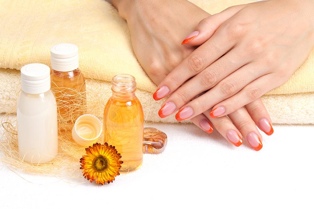 Nagelpflege mit Ölen – natürliche Methoden für starke Nägel!