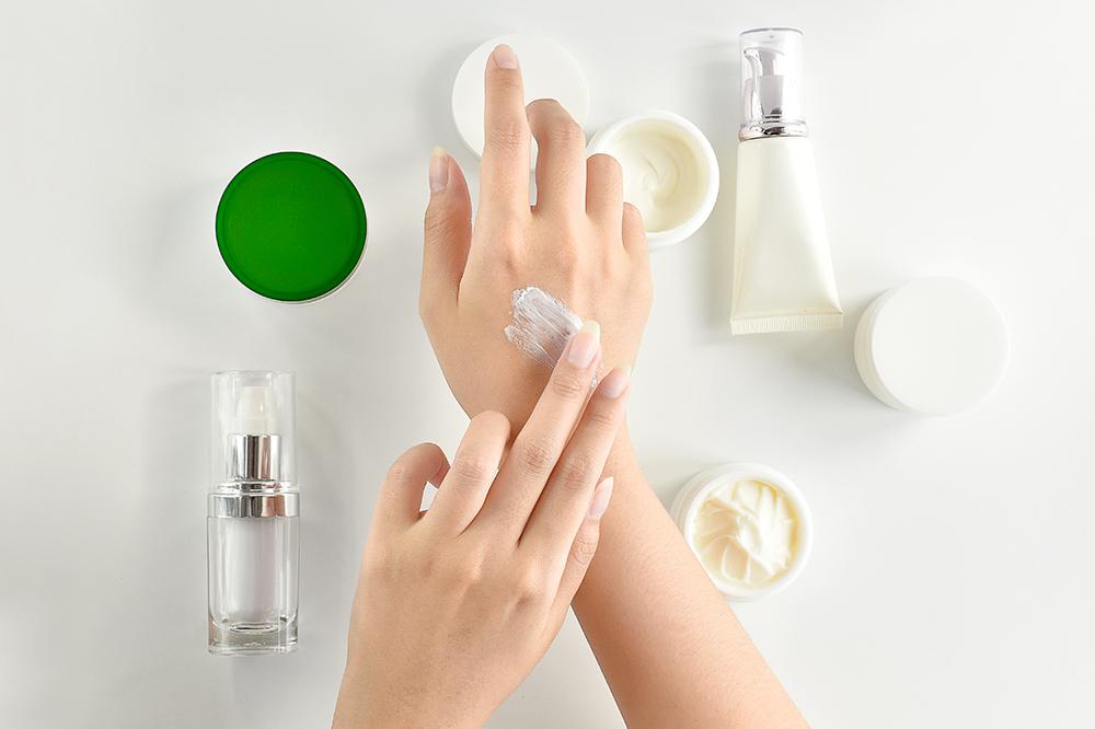 Hände richtig pflegen. Hausmittel beim Kampf um schöne Hände: Bäder, Masken, Öle
