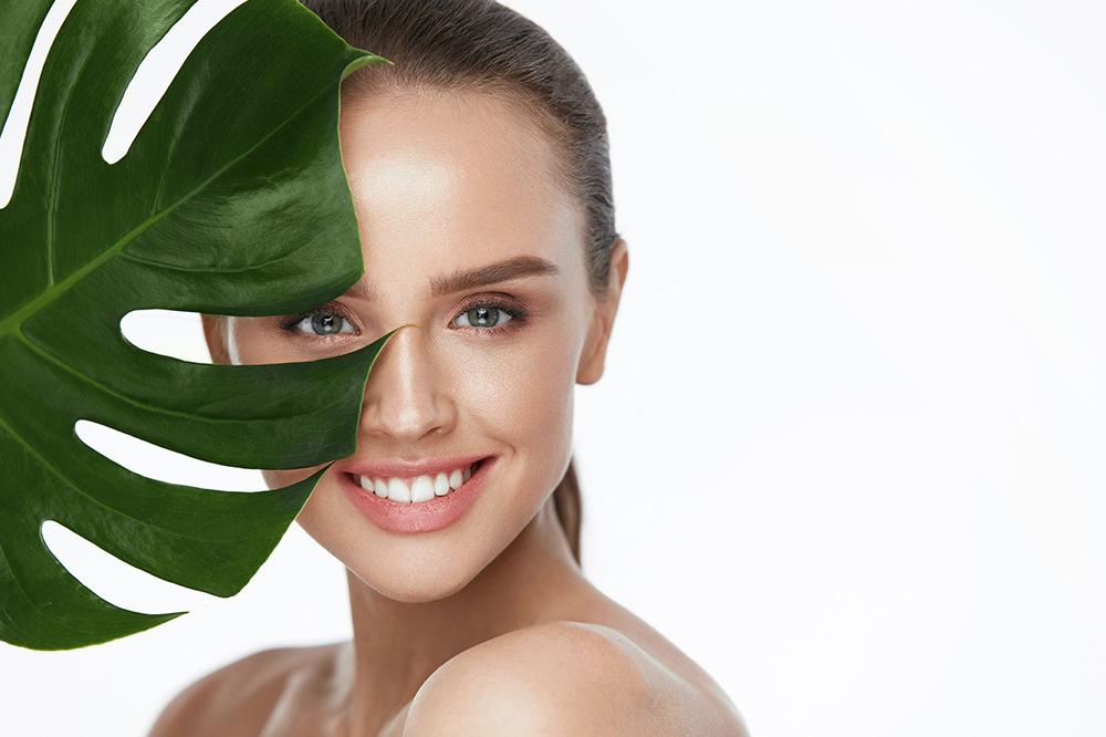 Hautpflege ab 20. Wie sollen Sie Ihren Teint nach dem 20. Lebensjahr pflegen?