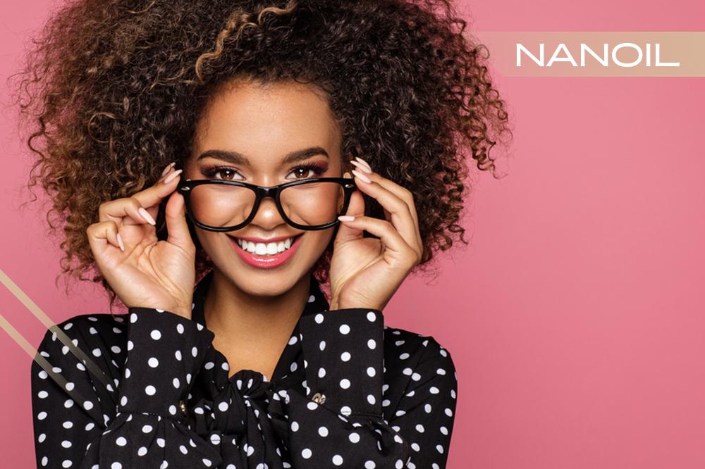 Frisuren Für Brillenträger Frisur An Form Und Farbe Der
