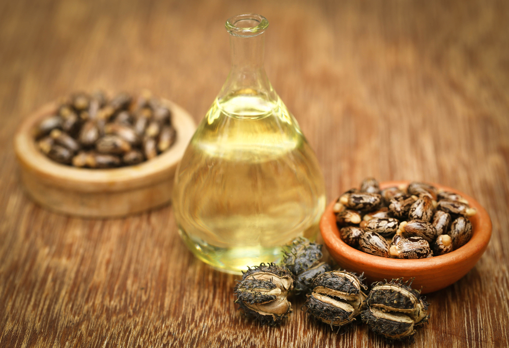 Rizinusöl auf das Haar und die Haut – unfehlbarer Arzt für spezielle Aufgaben