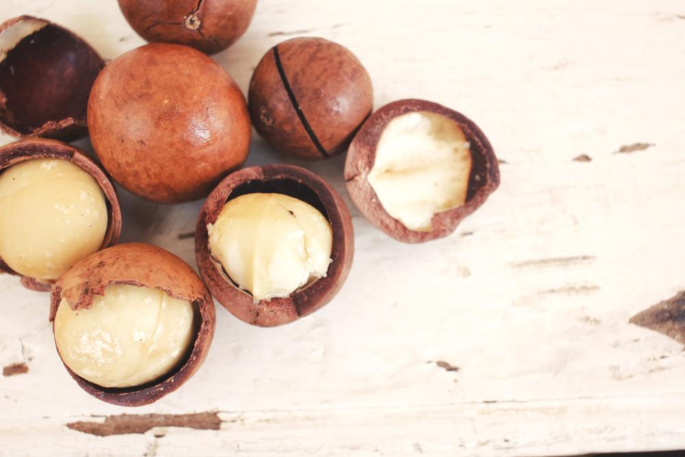 Macadamiaöl für die Gesundheit der Haut und des Haars – natürlicher Bezwinger der freien Radikale