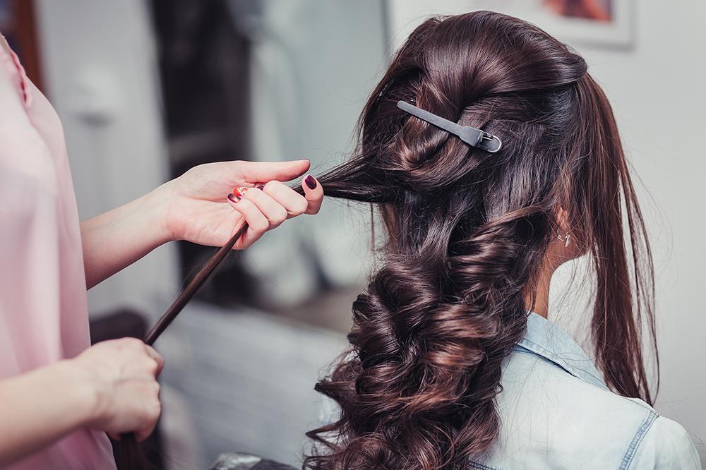 Haarverlängerung pflegen – 10 Regeln der richtigen Extensions-Pflege